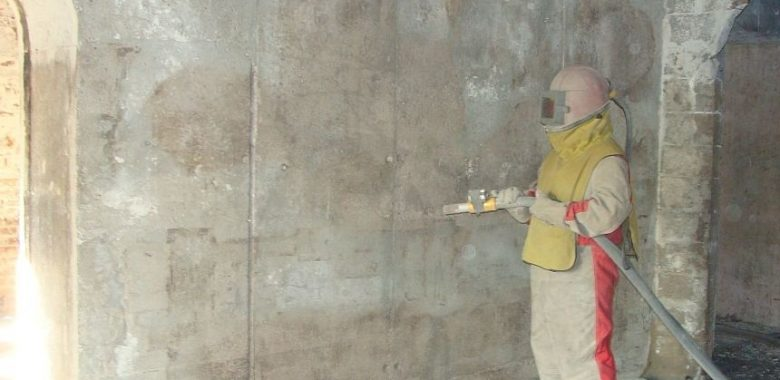Пескоструить бетон бетона белеет