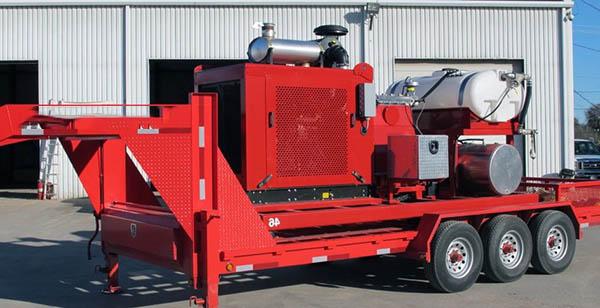 оборудование для бластинга размещено на грузовой платформе (прицеп)
